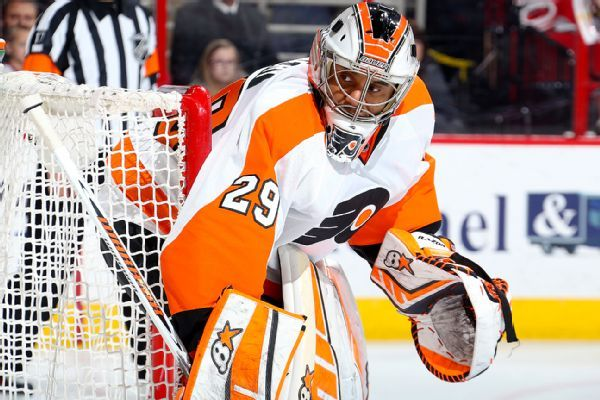 Former Senators, Flyers, Blackhawks goalie Ray Emery dead