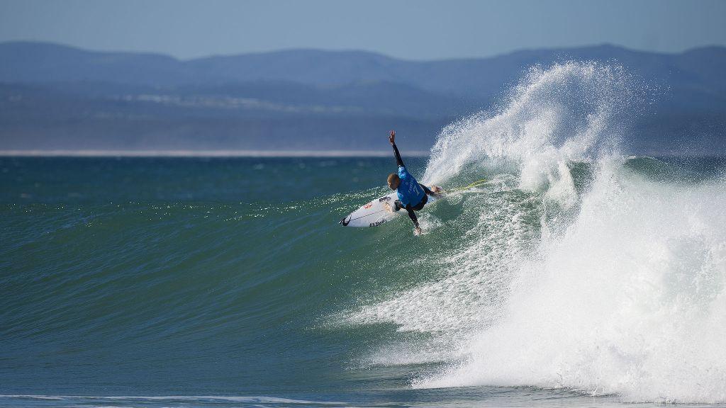 1142fecf33 Surfers react to Mick Fanning s shark attack-Mick Fanning at J-Bay