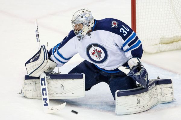 Jets, goalie Connor Hellebuyck agree to six-year deal