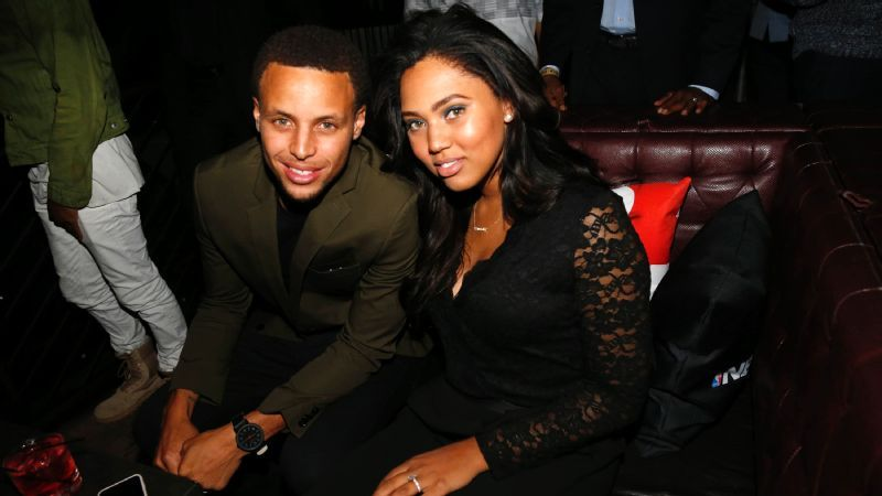 uk availability 0f38f 7f37b Ayesha Curry's Clothing Preference May Be Presumptuous, But ...