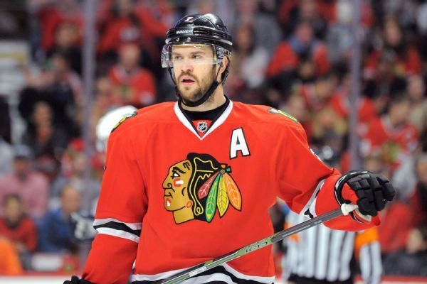 Blackhawks defensemen Connor Murphy, Brent Seabrook out with injuries