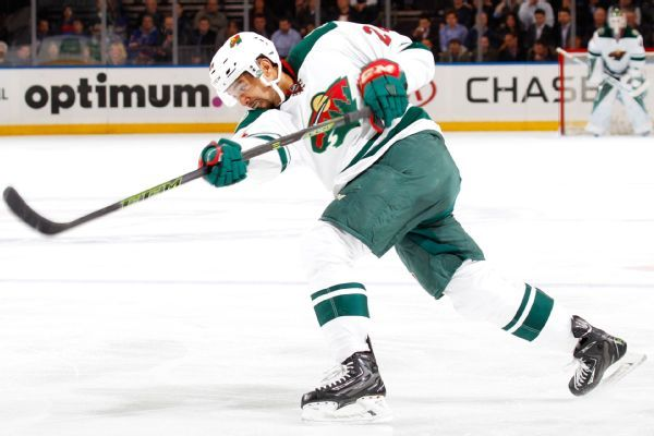 Matt Dumba sticking with Wild on five-year deal