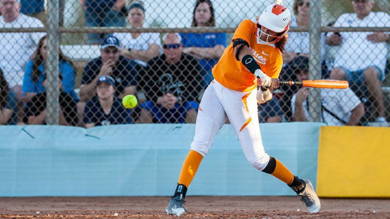 Tennessee cranks out 9-2 win over SJSU