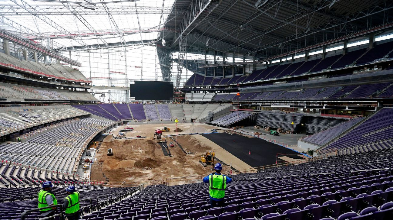Clear Roof Has Minnesota Vikings New Stadium At Forefront