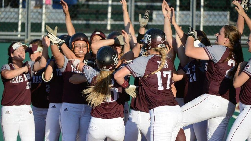 Aggies break school records in 6-3 win at Texas State