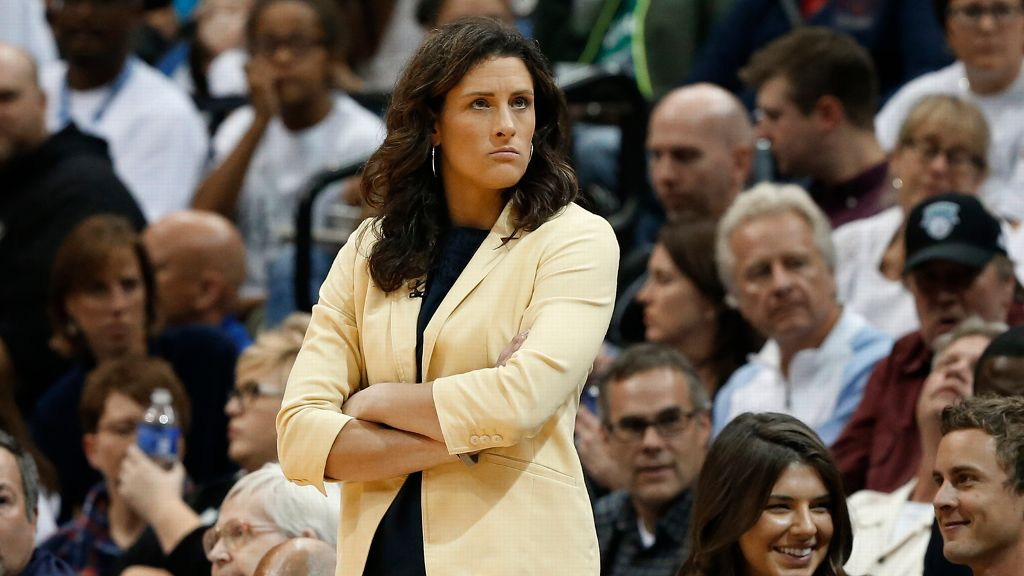 Stephanie White named head coach of the Commodores