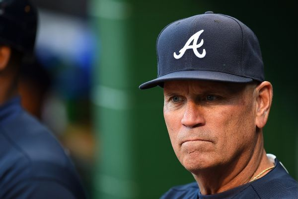 Braves give Brian Snitker two-year contract extension
