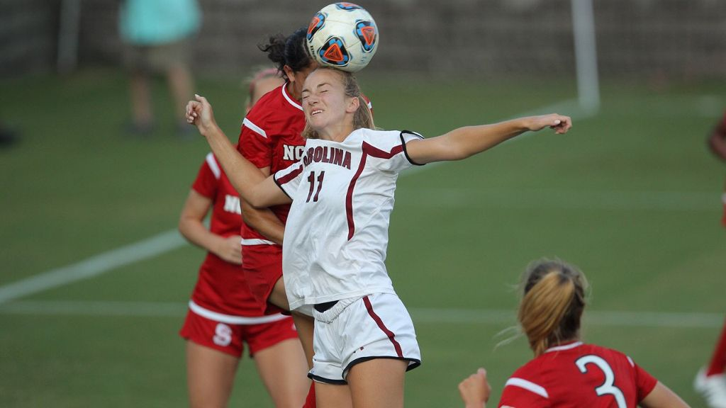 South Carolina cruises past NC State
