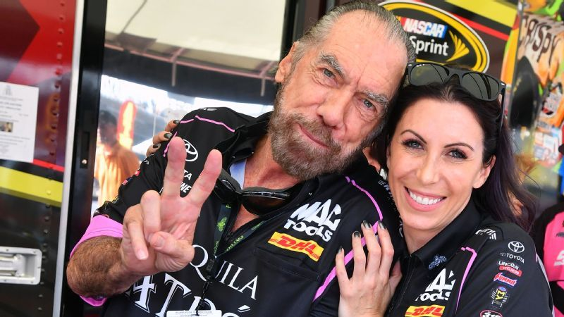 thanks to alexis dejoria nhra fans can watch a race get a free