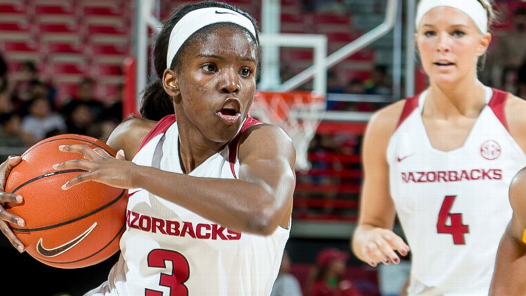 Arkansas stays undefeated with 57-50 win over Tulsa