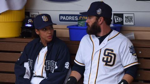 Pitch' finale recap -- Ginny Baker flirts with a no-hitter plus a