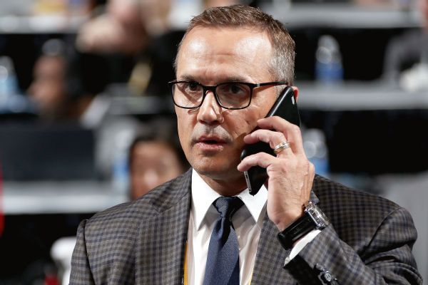 Steve Yzerman stepping down as Lightning GM; Julien BriseBois to take over