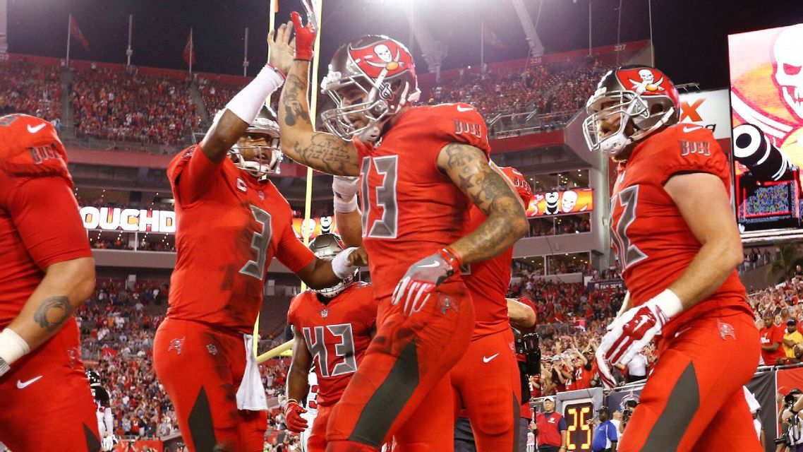 brand new a911c b56b4 Tampa Bay Buccaneers will rock all-red color rush uniforms ...