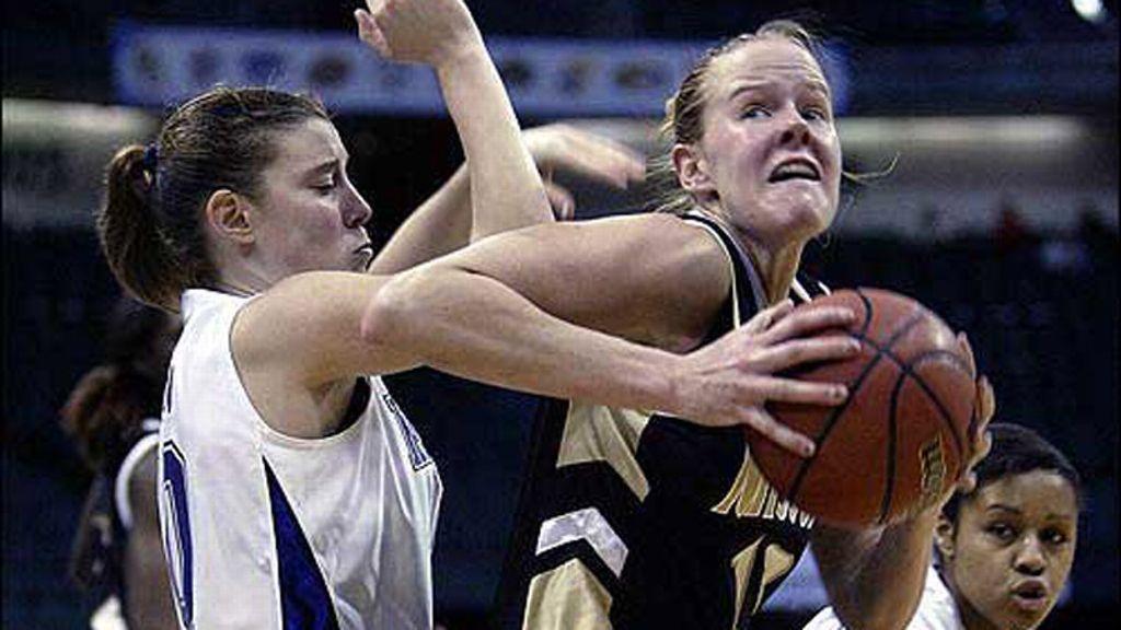 SEC Women's Legends Spotlight: Evan Unrau