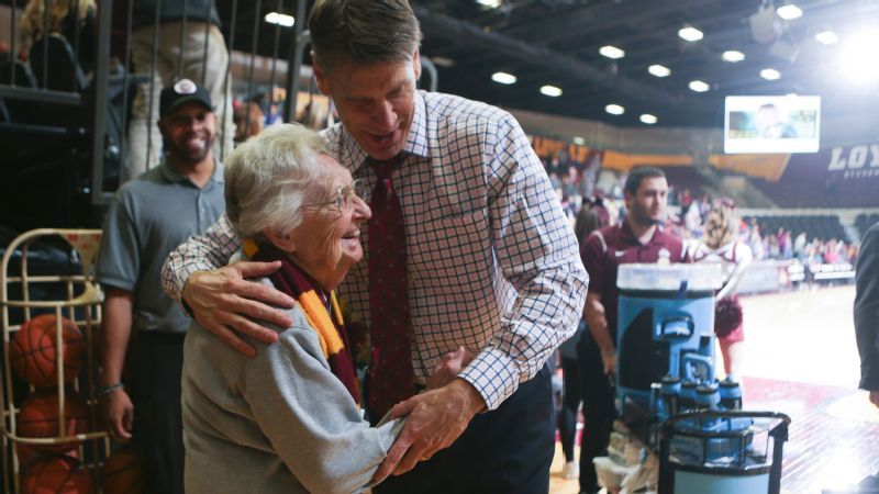 The 97-year-old nun behind the Loyola men's basketball team