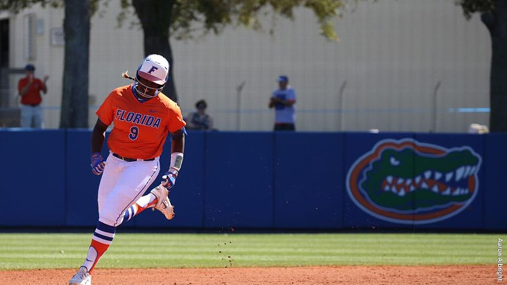 Gators shut out Panthers 5-0 to close out the weekend