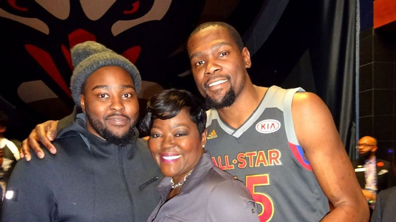 d7359111660 Wanda Durant on her son Kevin Durant s injury