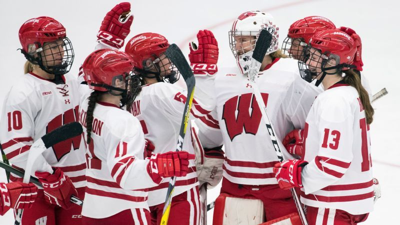 3c259a261 Goaltender Ann-Renee Desbiens looks to lift Wisconsin Badgers to ...