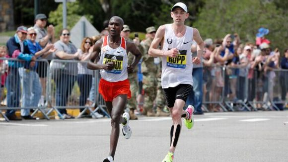 Boston marathon men