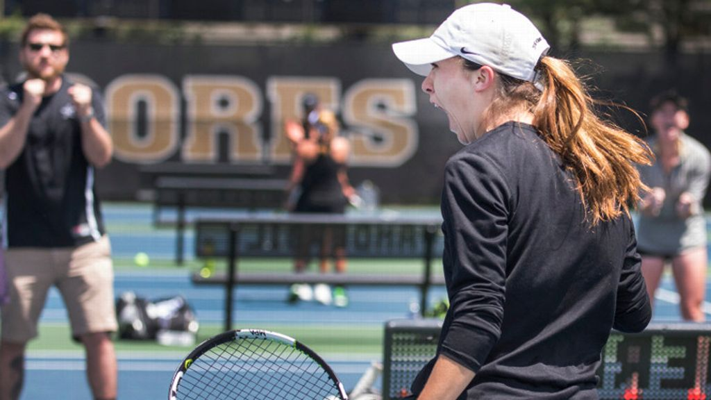 Commodores advance to women's tennis semifinals