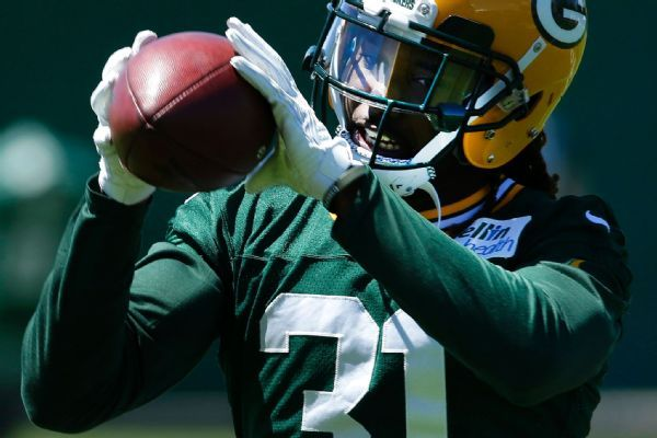 Davon House to have season-ending shoulder surgery; Packers bring on Bashaud Breeland