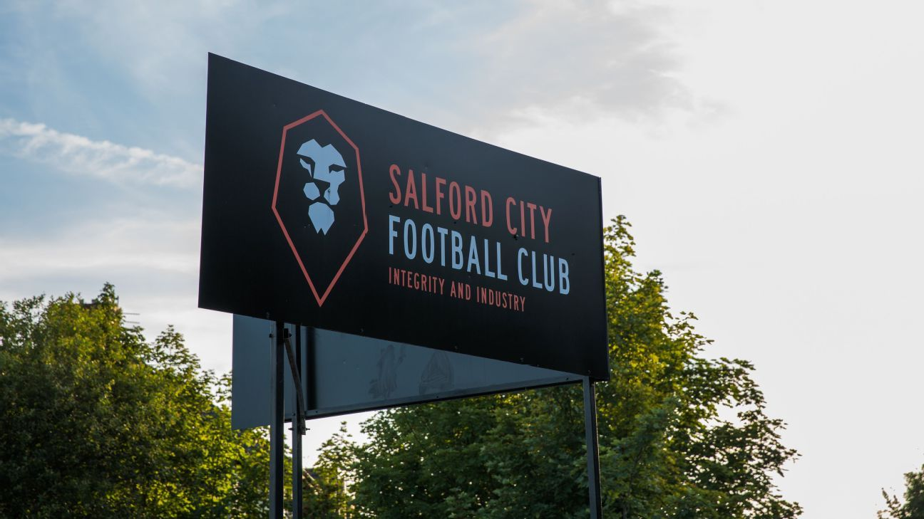 Manchester United legends' Salford City sack joint managers
