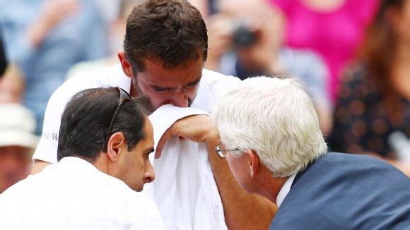 Marin Cilic with Doctors
