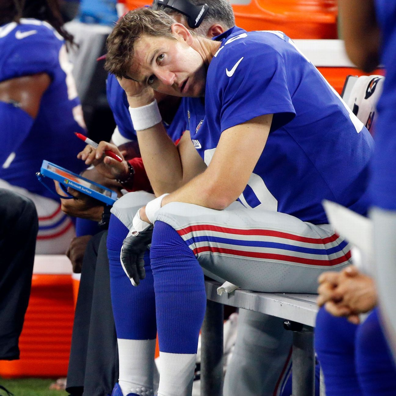 New York Giants To Start Quarterback Geno Smith Over Eli Manning This Week