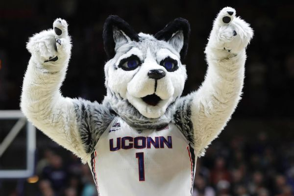 Guard James Bouknight commits to UConn