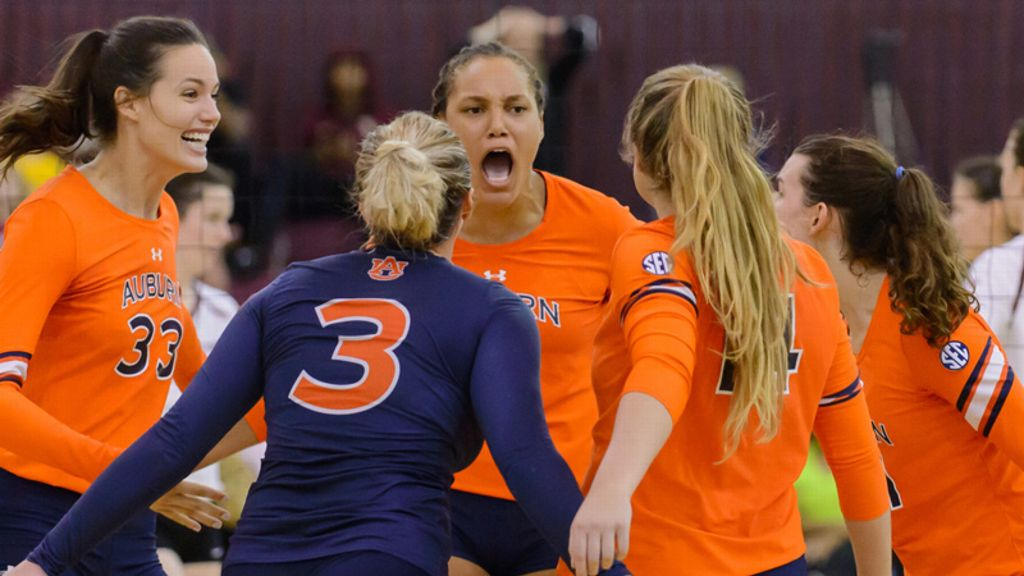 Auburn defeats Georgia in straight sets