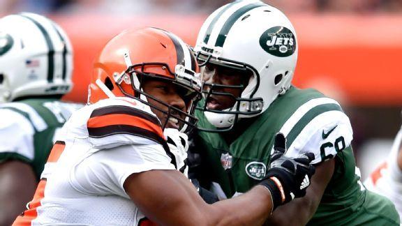 Jets must retool leaky O-line, no matter who plays quarterback