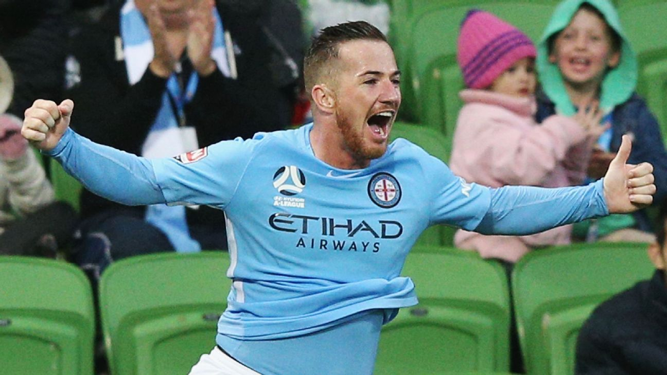 Central Coast Mariners sign Ross McCormack and Tommy Oar, Usain Bolt still on trial