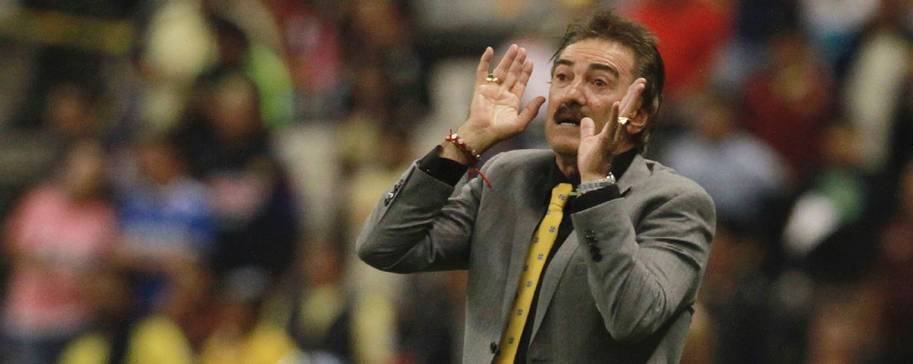 Ricardo La Volpe passes from counselor to technical director in Egypt