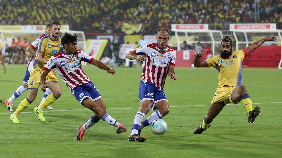 Kerala Blasters, ATK play out goalless draw in Kochi
