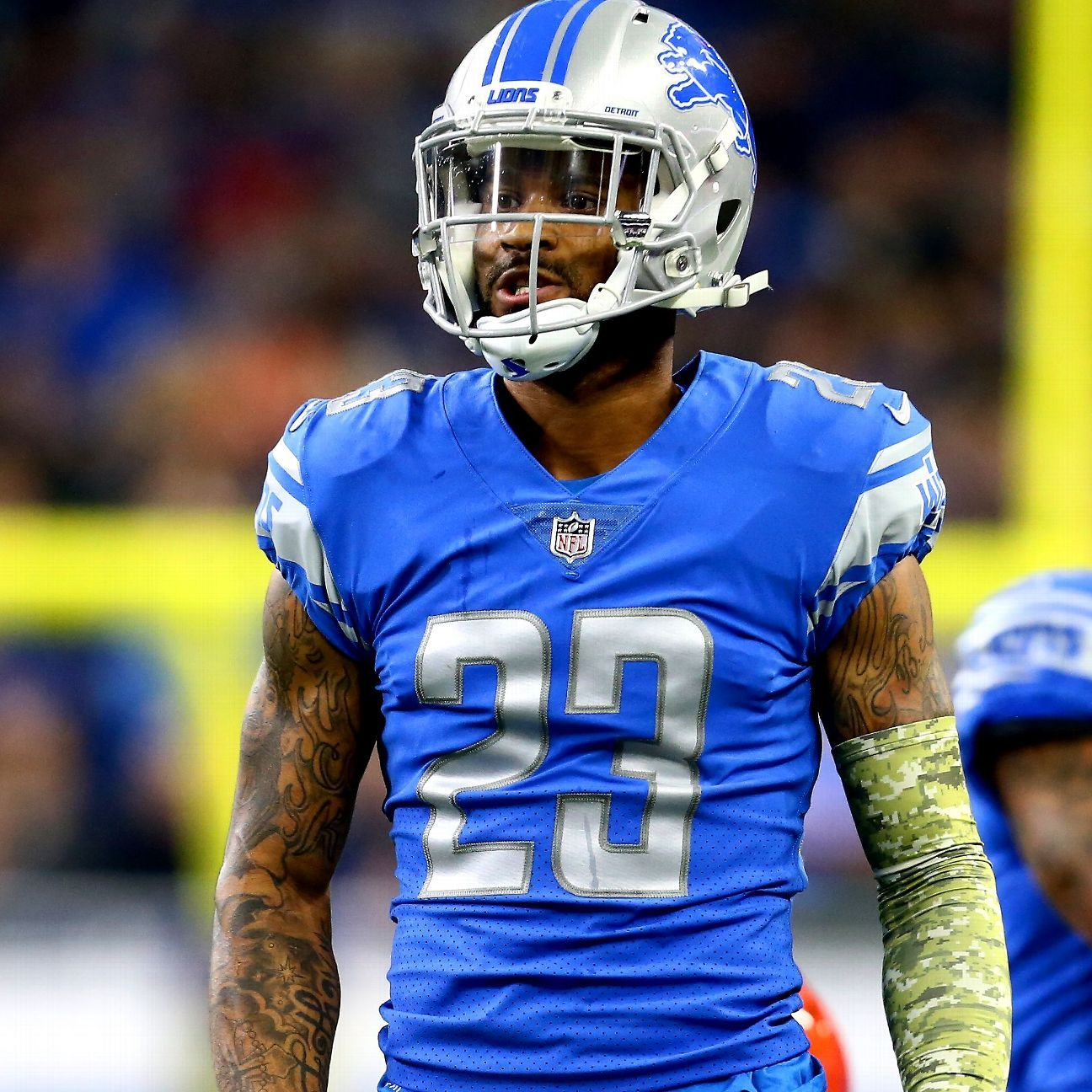 Lions DB Diggs rips fourth-quarter holding call