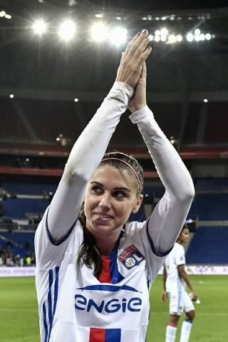 64c0d8801 U.S. women s national team star Alex Morgan is back at the top of ...