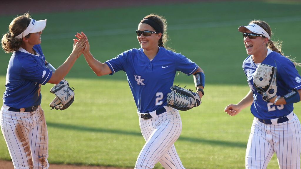 No. 13 UK scores nine unanswered runs vs. NMSU