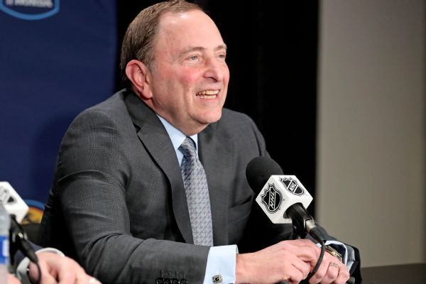 Senators' dysfunction not enough for NHL to intervene, says Gary Bettman