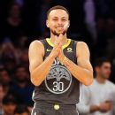 Curry to play in low-tops despite ankle issues
