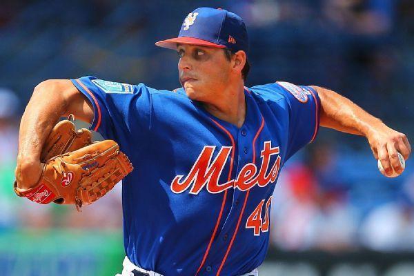 Mets put Jason Vargas (calf) on DL night before scheduled start