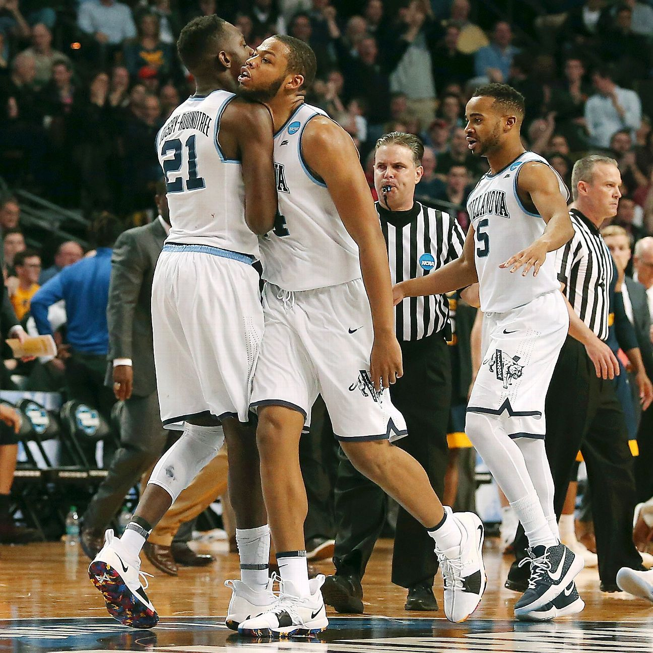 Everything you need to know for Sunday's Elite Eight games