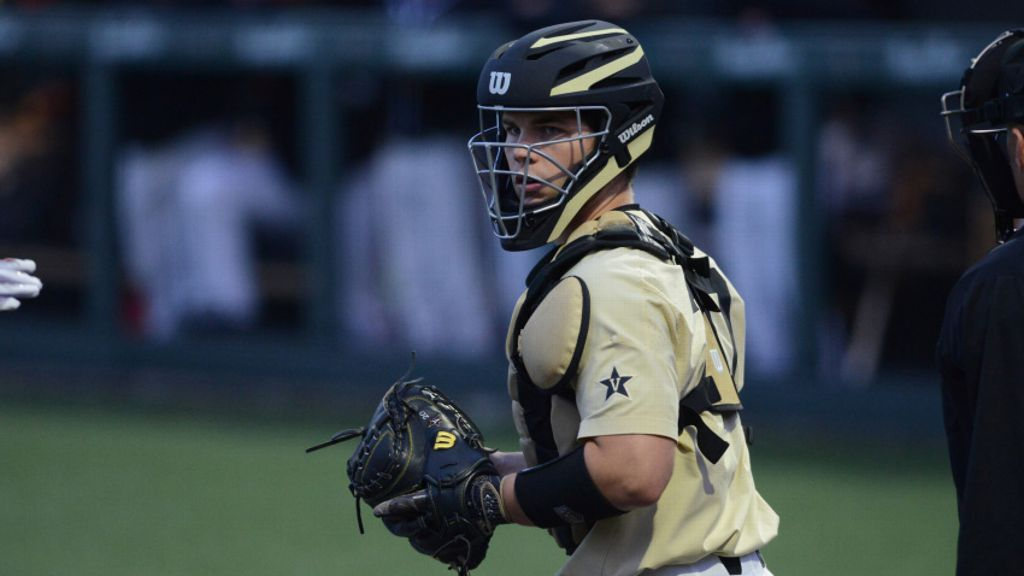 No. 16 VU sweeps DH to claim series vs. No. 4 Ole Miss
