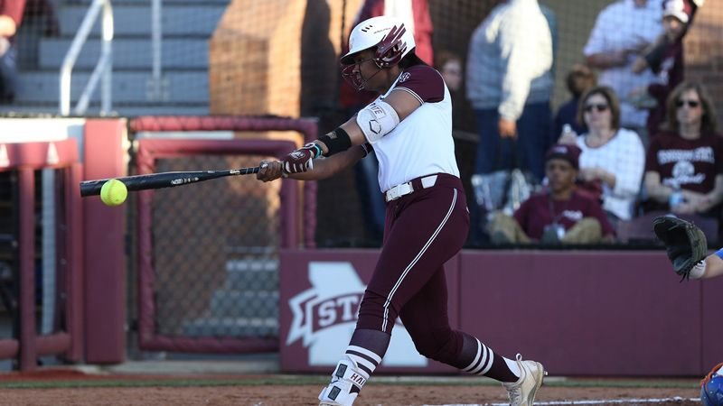 Mississippi State falls to Arizona 4-3