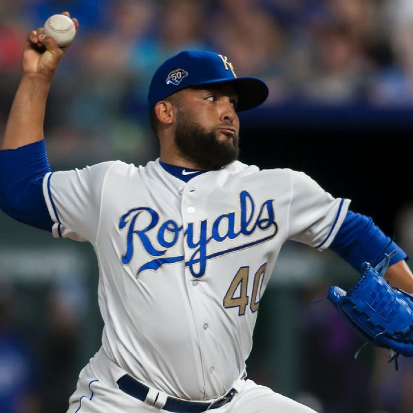 Right-handed reliever Kelvin Herrera traded to Nationals from Royals