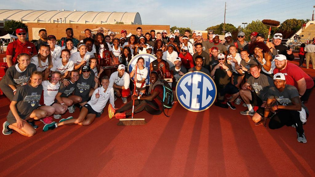 Arkansas clinches SEC Outdoor Track and Field titles