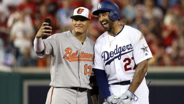 As trade rumors whirl, Machado snaps selfie with Dodgers' Kemp