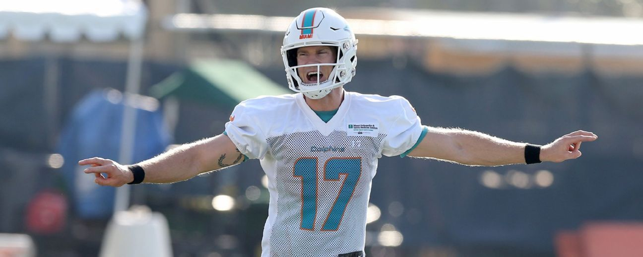 Ryan Tannehill kicks huddle rookie for missing block