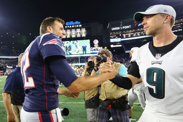 Tom Brady, Nick Foles finally connect after missed Super Bowl handshake
