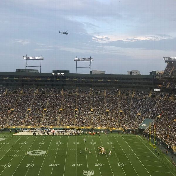 Helicopter flyover at Lambeau Field had police 'scrambling'