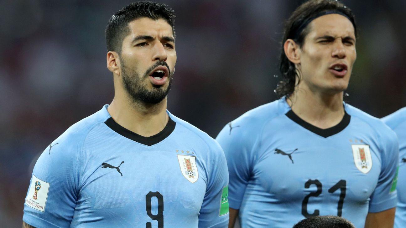Suárez and Cavani lead Uruguay's call to Mexico